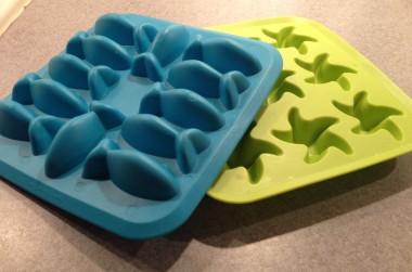 fish and starfish shaped ice cube trays